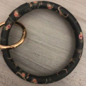 Flower Bull Key Bracelet